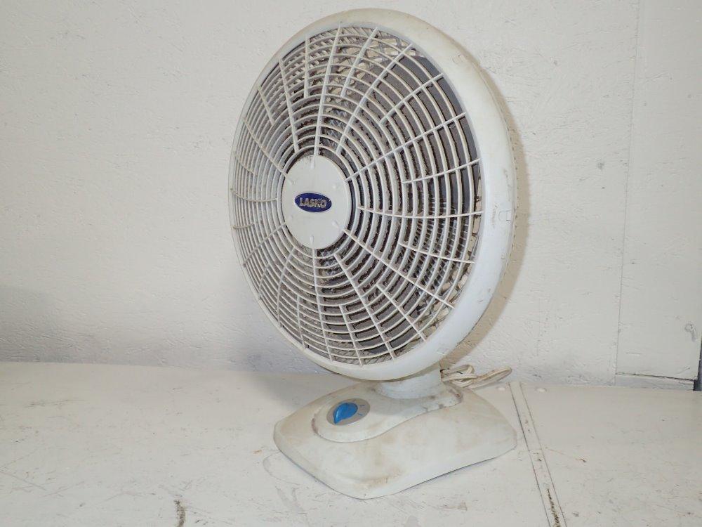 Lasko Desk Fan : Used lasko electric desk fan hgr industrial surplus