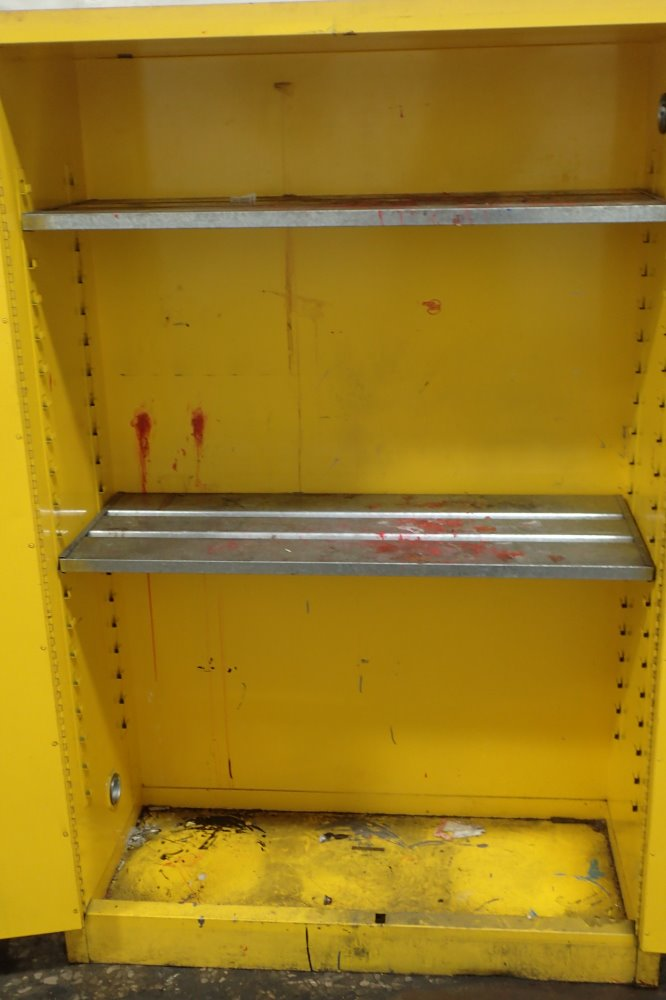 JUSTRITE FLAMMABLE SAFETY CABINET 45 GALLONS/3 SHELVES ...