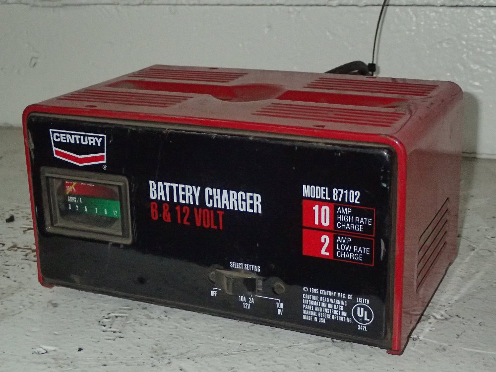 Century 87102 Battery Charger 6  12 V