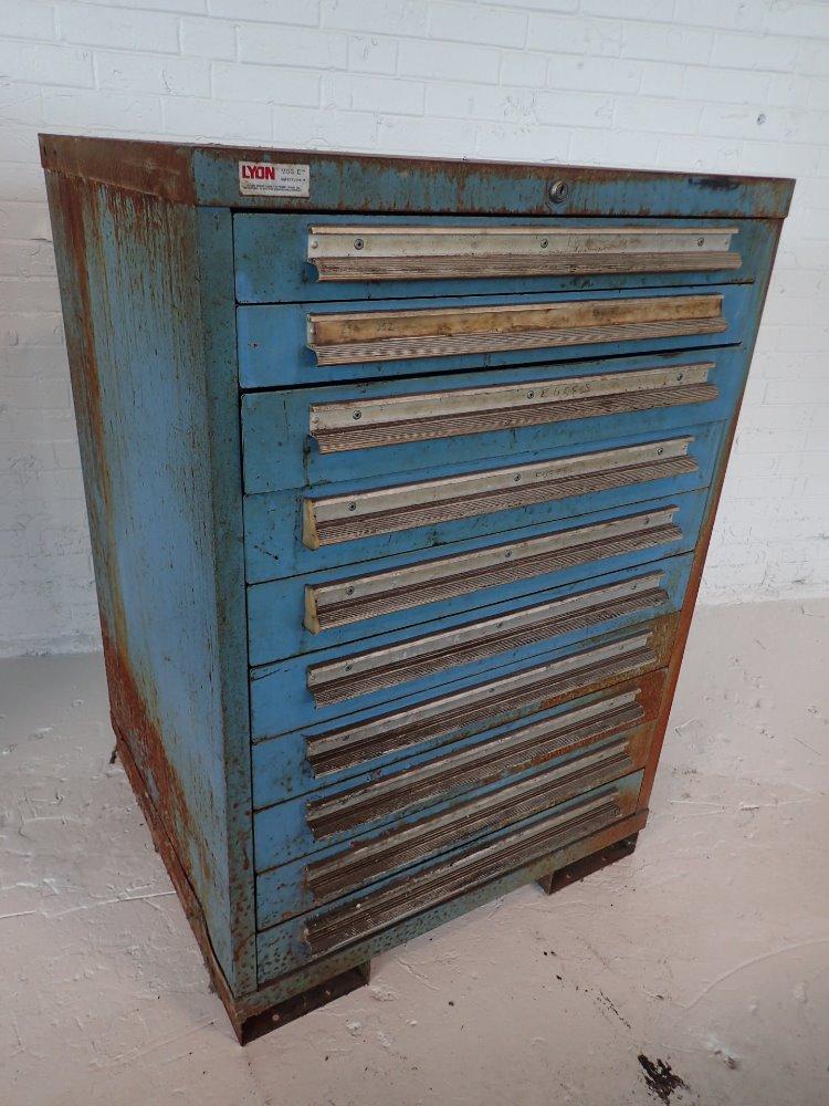 used lyon tool cabinet hgr industrial surplus. Black Bedroom Furniture Sets. Home Design Ideas