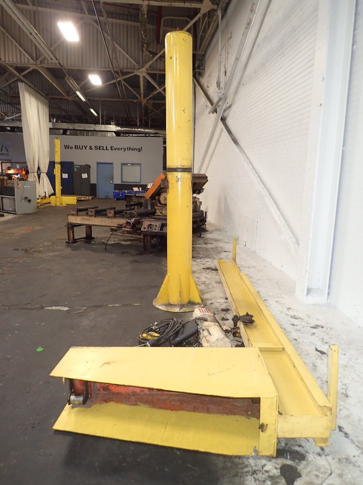 Used Jib Crane Hoist : Used jib crane w electric chain hoist hgr industrial