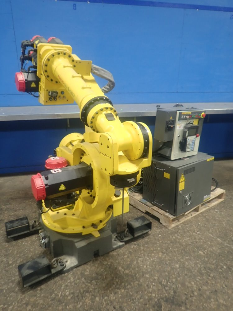 Fanuc S-430iF at HGR