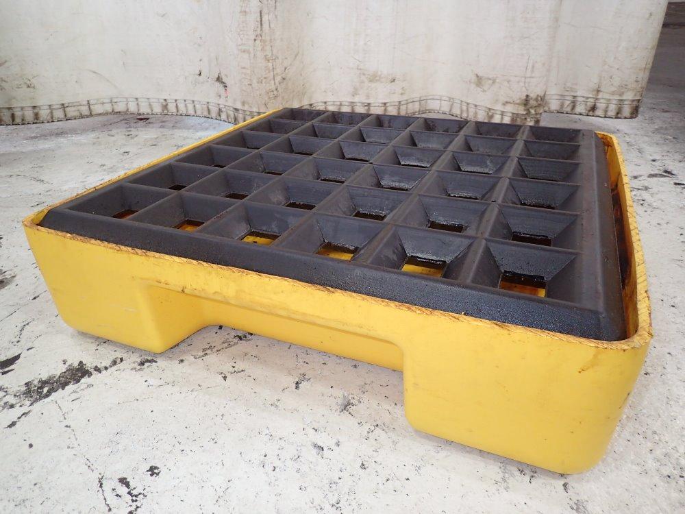 Used eagle spill containment pallet platform hgr for Pallet platform